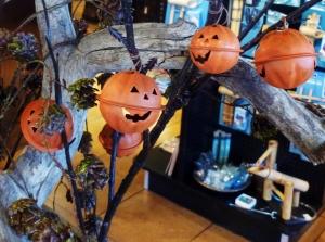 Jack o Lantern Branch